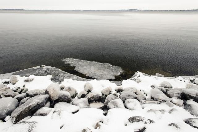 unfrozen_Mendota15_7661